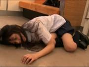 【辻本杏】完全にヤバいやつ!極上に可愛い女子高生が痴漢に遭いイラマチオから強制レイプされる犯罪映像