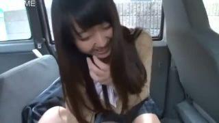 円光JKとホテルに行く前に車内のフェラでいっちゃいましたw